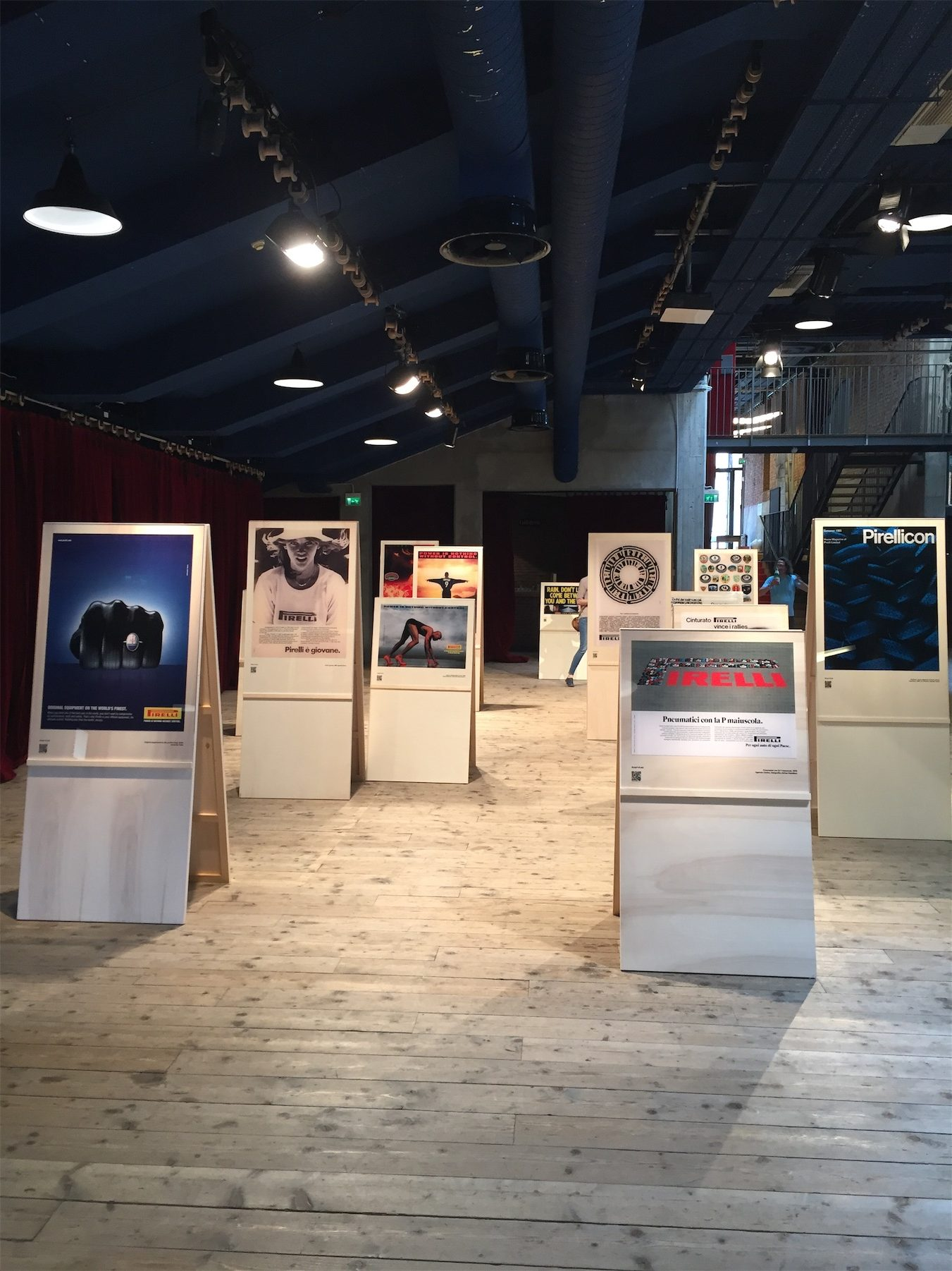 2017, Pirelli, Milano, Teatro Parenti, La Pubblicità con la P maiuscola