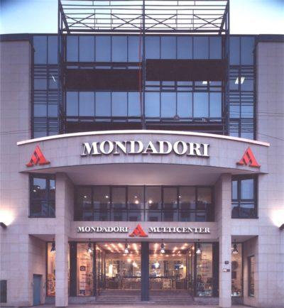 2000, Mondadori, Via Marghera Milano